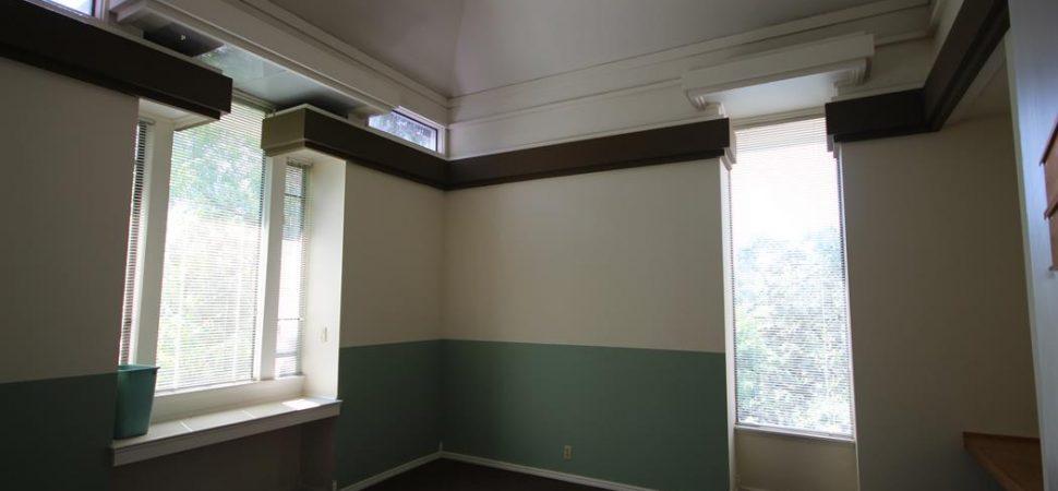 Bldg. 33 - Top floors have vaulted ceilings